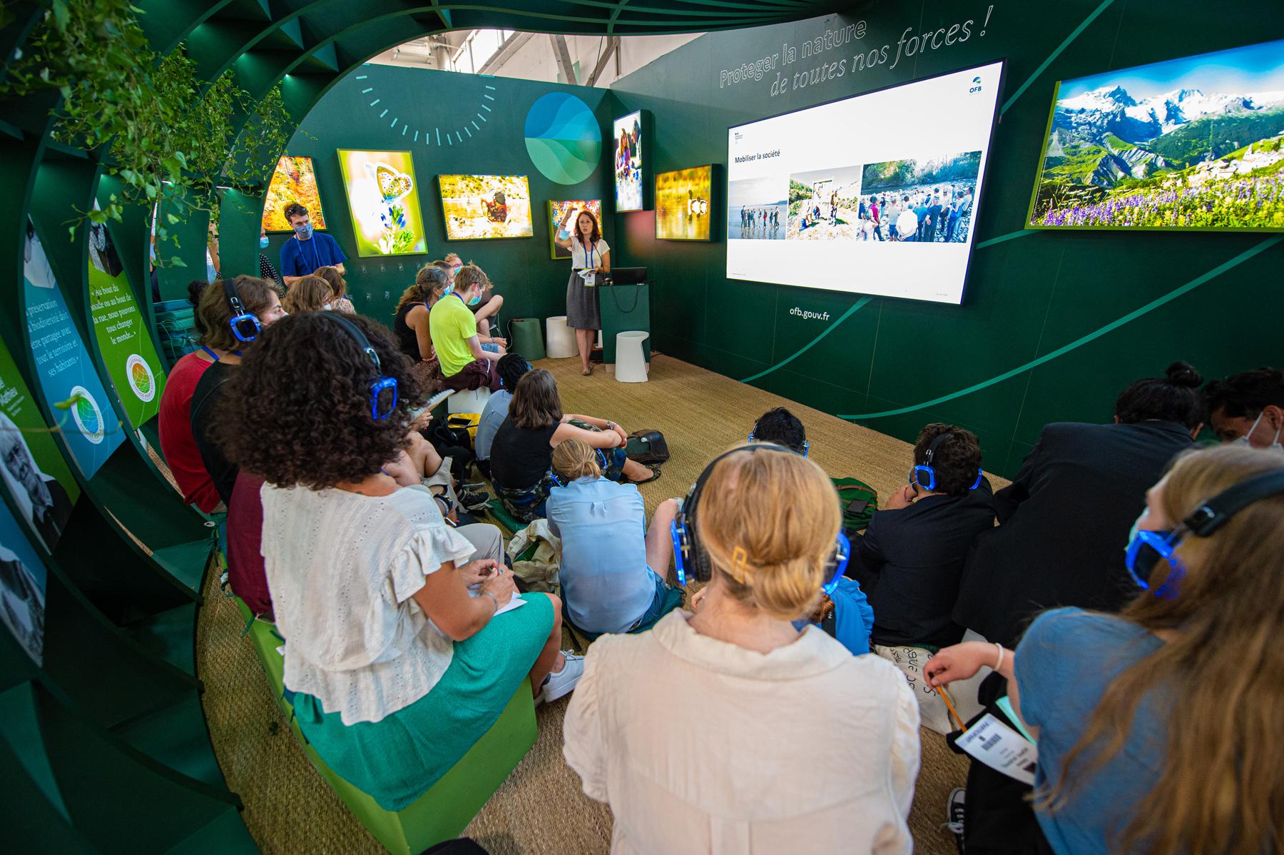 Marseille : un programme international réunit des jeunes engagés pour l'environnement lors du Congrès Mondial de la Nature